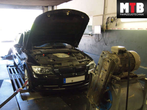 BMW_325d_mit_197_557e9b00ba27a.jpg